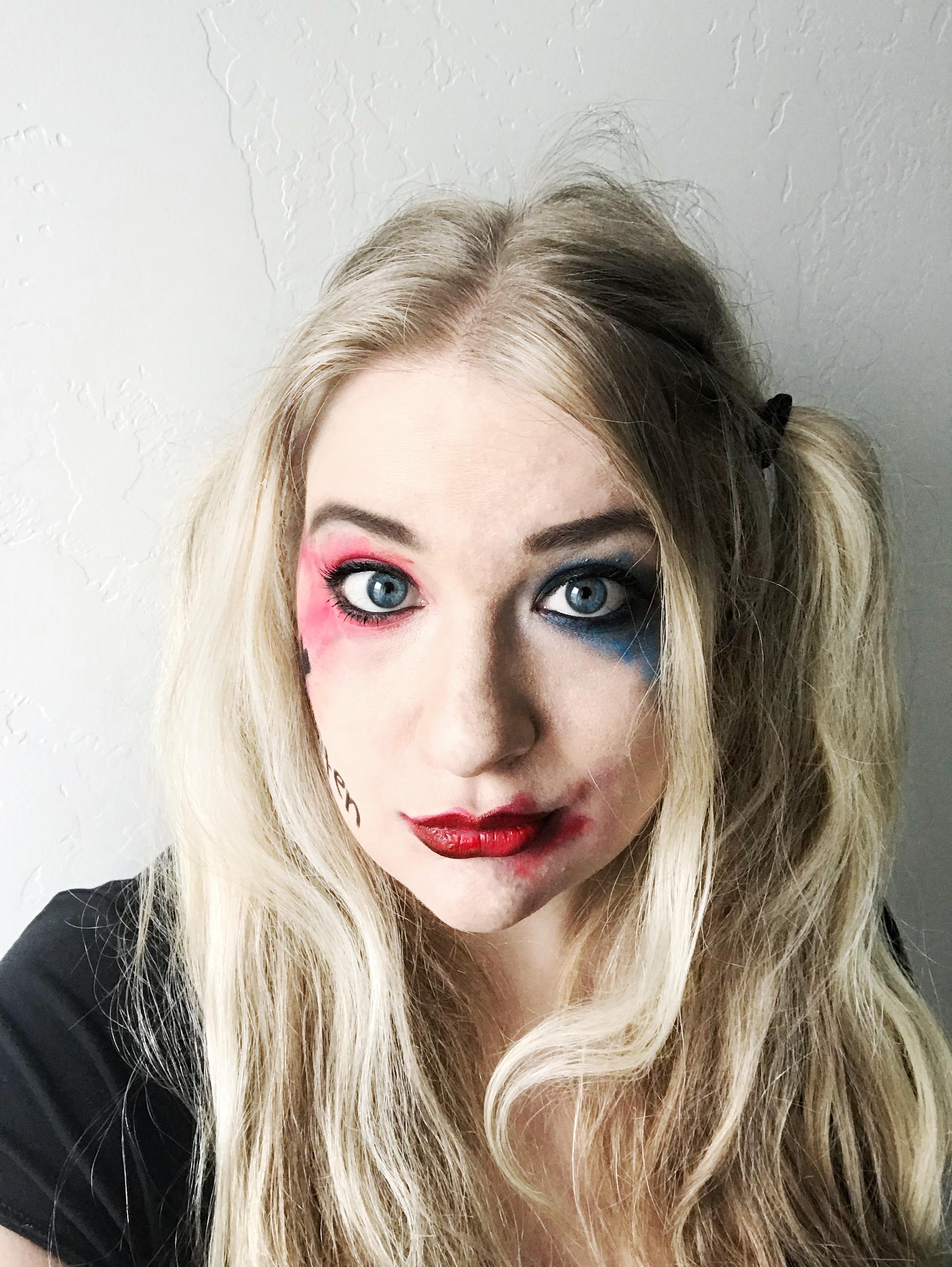 Easy Harley Quinn Makeup Tutorial
